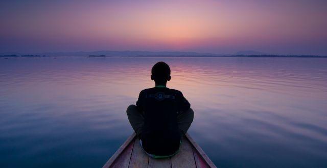 Le silence est une sagesse mais rare sont ceux qui le pratiquent